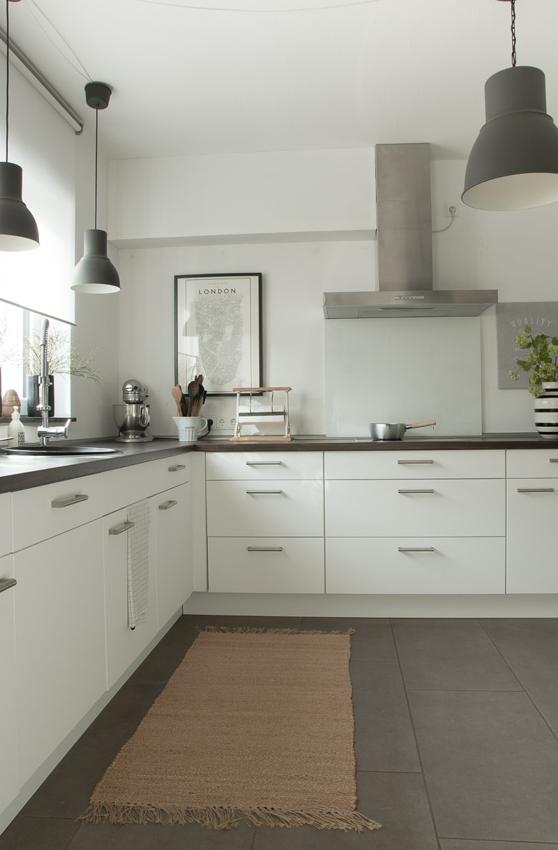 Küche günstig umgestalten: Küchenfronten erneuern ohne ...
