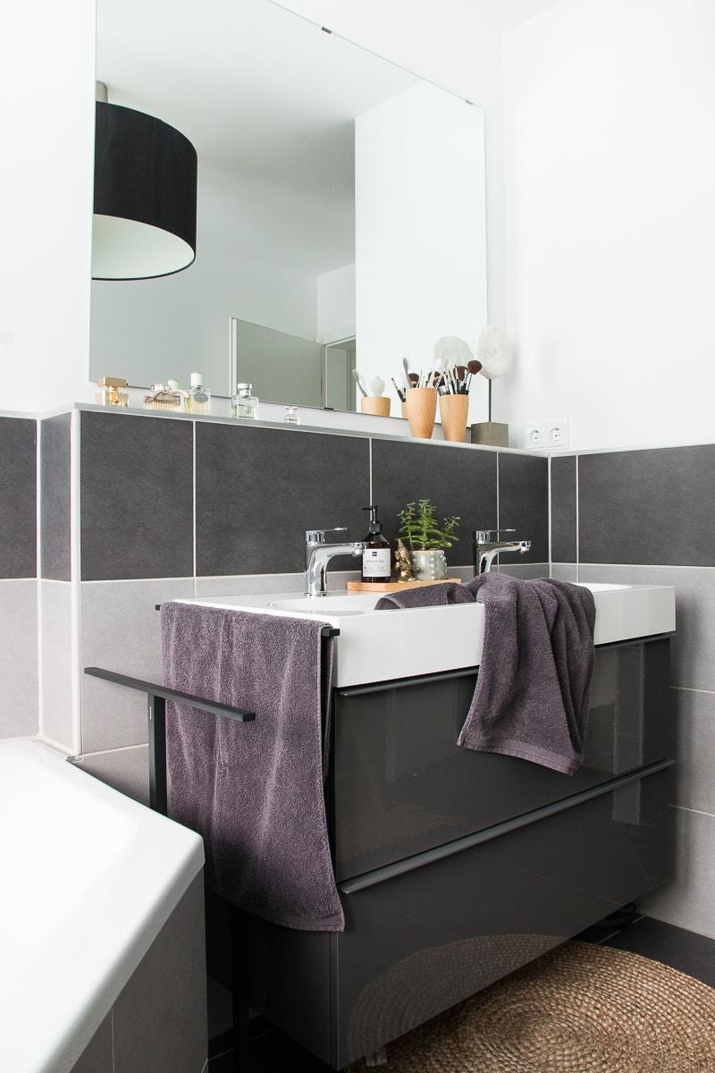 Badezimmer neu gestalten & Küchenschrank upcyceln | günstiges Badezimmer-Makeover | Raumkrönung - Wohnblog, Wohnberatung & Einrichtungstipps
