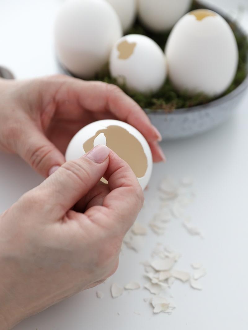 Kranz aus Ostereiern und DIY Etagere, super easy selbermachen